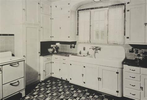 1930s kitchen design 16 vintage kohler kitchens and an important kitchen