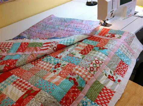 quilt knit stitch christa s quilt along 1 5 machine quilting christa quilts