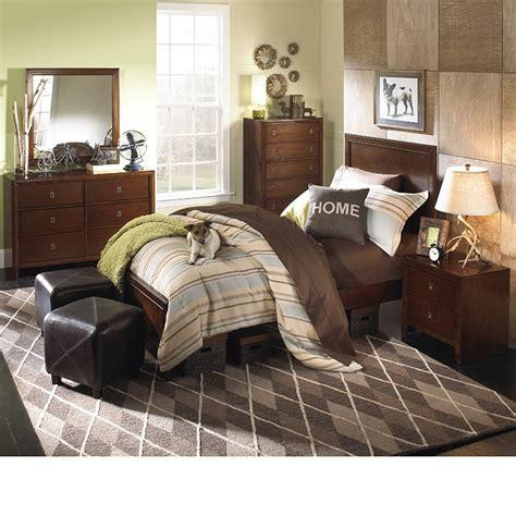 bedroom furniture albany ny dreamfurniture albany bedroom set in antique walnut