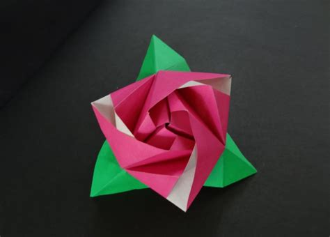 beautiful origami models decorate your home with these beautiful origami flowers