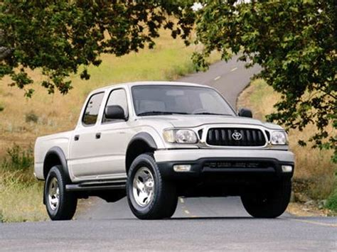 blue book used cars values 2001 toyota tacoma xtra lane departure warning 2001 toyota tacoma double cab pricing ratings reviews kelley blue book