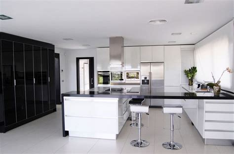 black and white kitchens black and white kitchens and their elements