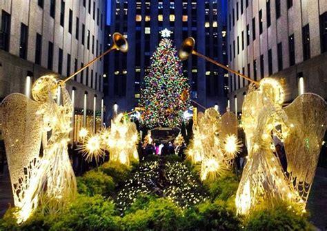 tree in new york rockefeller center 2014 2013 rockefeller center tree lights up the