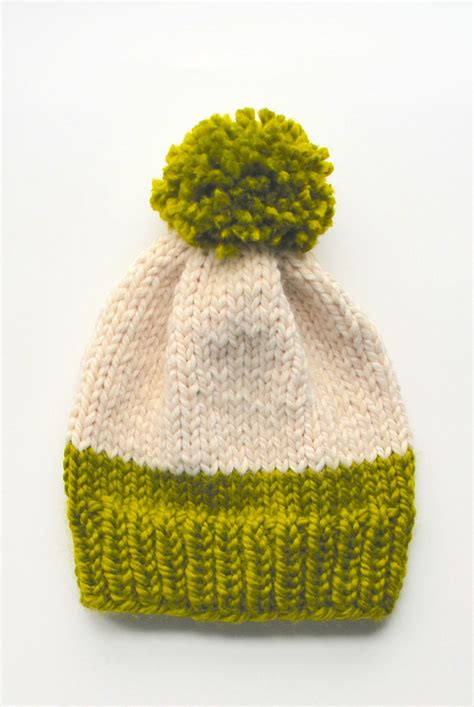 pom pom knit hat weekend diy pom pom knit hats yarn fix