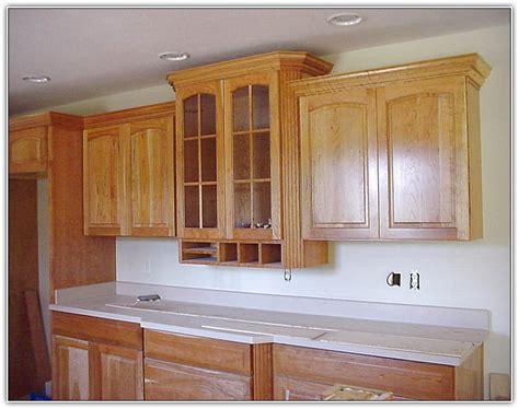 installing kitchen cabinet crown molding oak cabinet crown molding manicinthecity