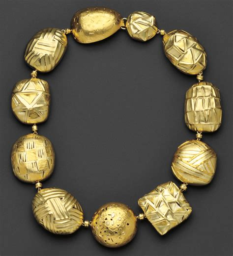 buy gold for jewelry gold jewelry why buy gold jewelry at auction skinner inc