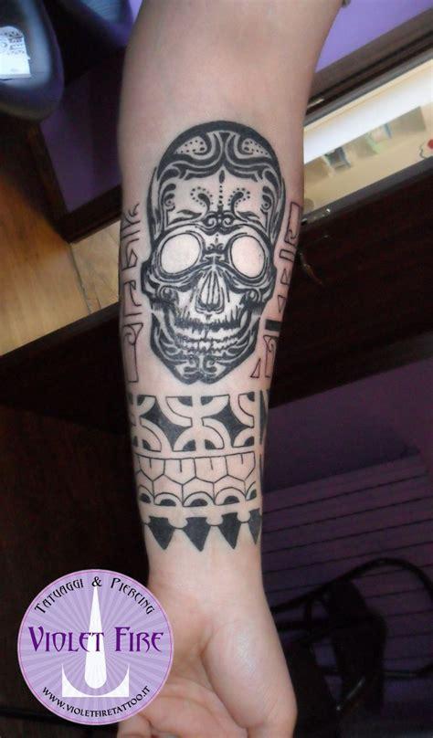 pi 249 di 25 fantastiche idee su tatuaggi teschio su