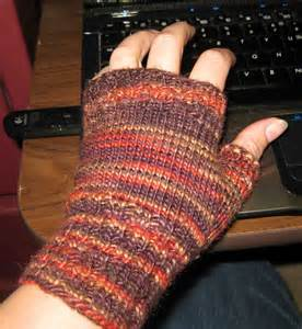 fingerless gloves knitting pattern circular needles knitting my fingerless mitts random bits of projects
