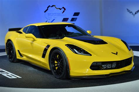 Supercharged 2015 Chevy Corvette Z06 takes the C7 beyond