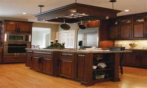 light oak kitchen cabinets kitchen cabinet decorating ideas oak kitchen