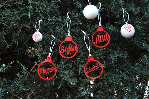 bolas arbol de navidad adornos de navidad personalizados con el nombre en forma