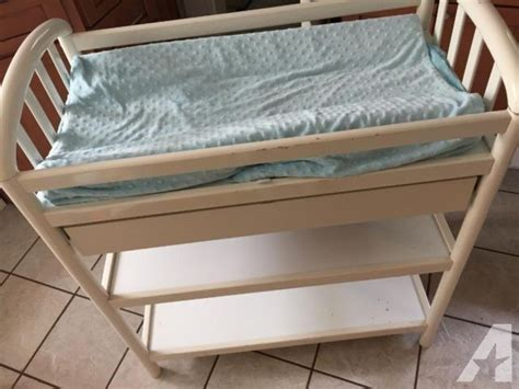 pali changing table pali changing table baby thebangups table do you need