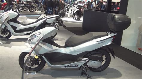 Honda Pcx 2018 Abs by Honda Pcx 125 Abs 2017 Exterior And Interior In 3d
