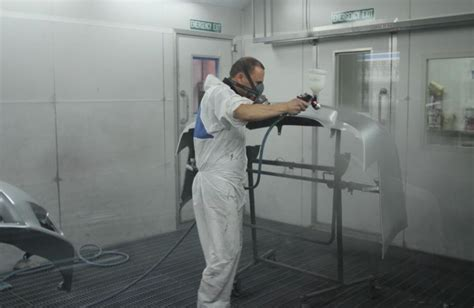 spray painter hire melbourne spray painting spray booth flagstaff autobody panel