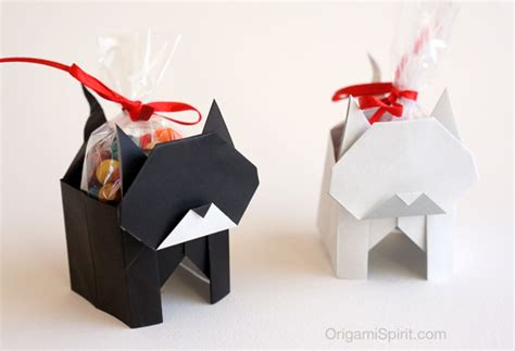 A Origami Cat It S A Box Version 1 Of 2