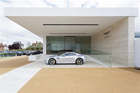 Aston Martin Newport by The New Aston Martin Showroom In Newport Pagnell My
