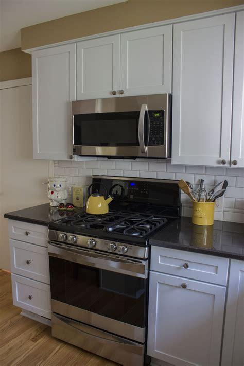merillat kitchen cabinets reviews merillat kitchen cabinets reviews 28 images 40 types
