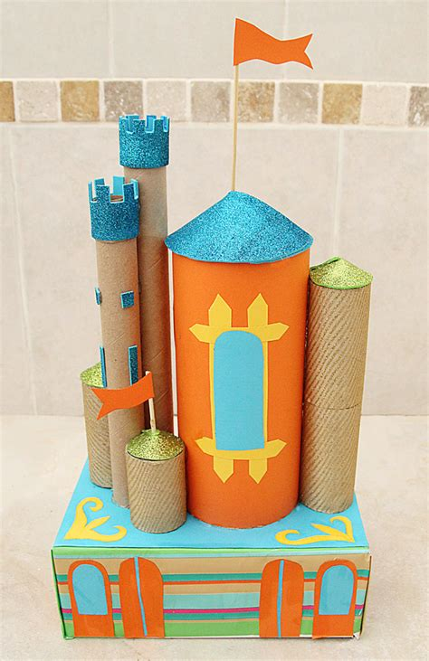 castle crafts for castle centerpiece from recycled cardboard