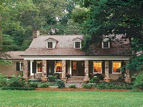cottage style homes architecture cool and awesome cottage style houses lake house decorating ideas house