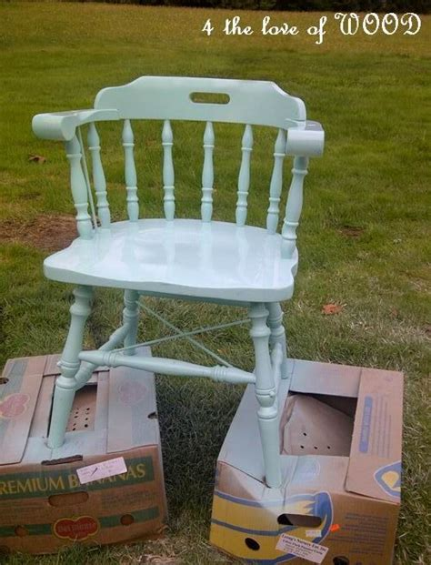 spray painting wood chairs 1000 ideas about wooden chair redo on