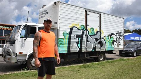 spray painter port macquarie vandals target new business causing more than 1500 in