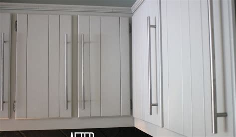 sanding and painting kitchen cabinets how to paint kitchen cabinets no painting sanding