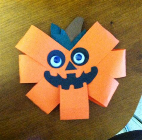 crafts for toddlers with construction paper 30 best images about construction paper crafts on