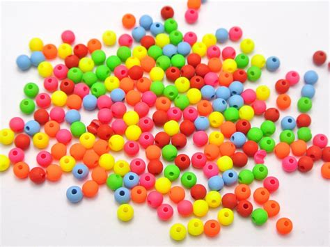 how big is 4mm bead 1000 neon color 4mm smooth seed