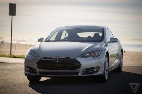 Tesla Car Distance by Going The Distance Driving The Tesla Model S In The Real