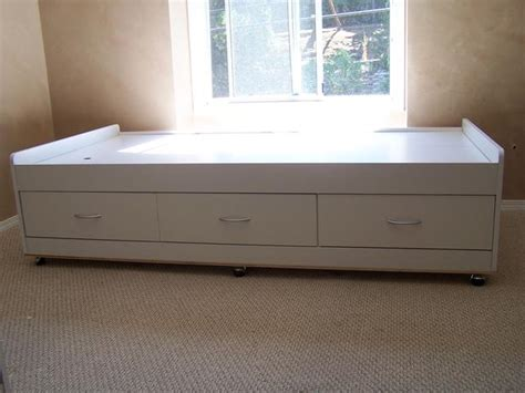 white captains bed white captains bed west shore langford colwood