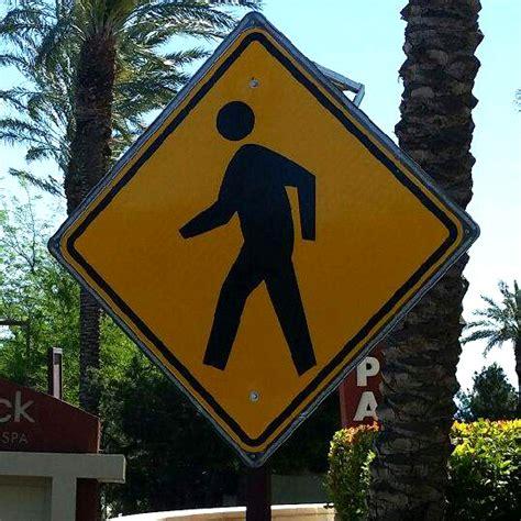 solar powered pedestrian crossing lights solar led pedestrian crossing sign kiesub