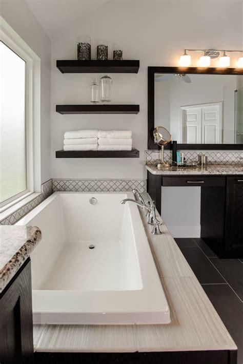 Spa Tubs For Bathroom by Best 25 Soaker Tub Ideas On Bathtubs Bath