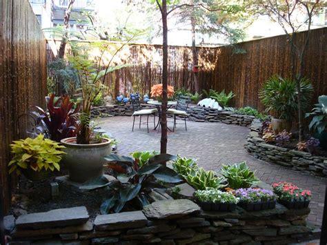 narrow backyard design ideas narrow backyard design ideas backyard makeovers backyard