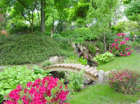 garden flower ideas 10 top garden theme ideas the ungardener