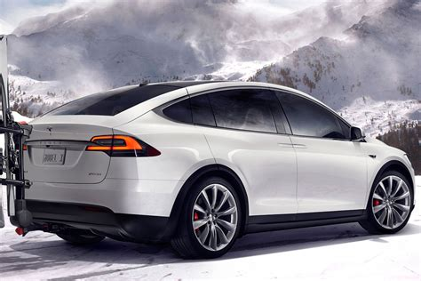 2017 Tesla Model X 2017 tesla model x reviews and rating motor trend