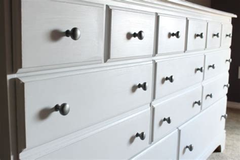 chalk paint white 17 best ideas about white chalk paint on chalk