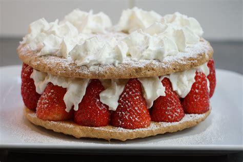 recette du gateau fraises amandes et noisettes