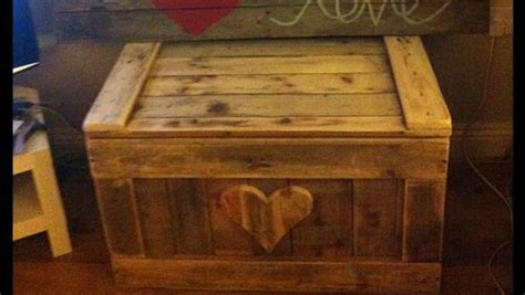 diy woodworking ideas diy pallet wood chest pallet furniture plans
