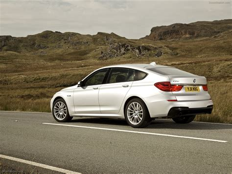Bmw 5 Gran Turismo by 2011 Bmw 5 Series Gran Turismo Information And Photos