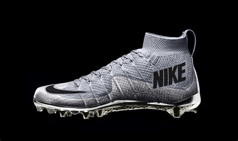 nike knit soccer cleats nike debuts flyknit cleats for the college football