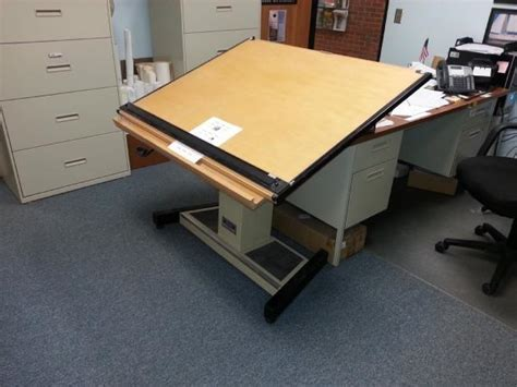 mayline futur matic drafting table auctions international auction town of lenox item