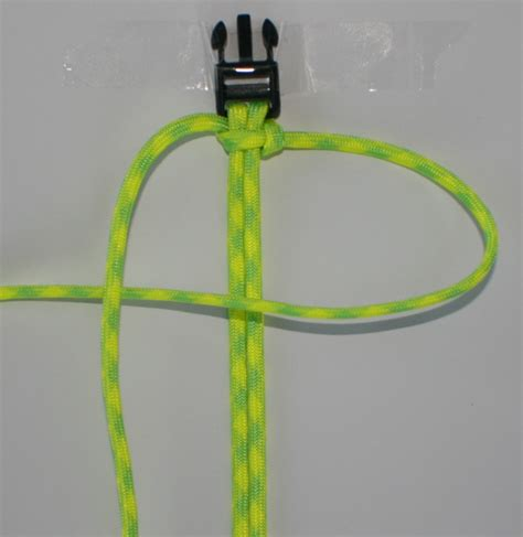 how to make paracord jewelry how to make a paracord bracelet x cords