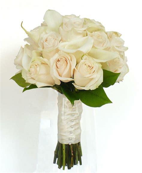 wedding bouquet 4 white wedding bouquet ideas