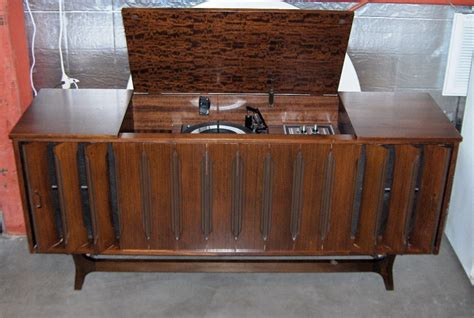 vintage stereo cabinet with turntable vintage stereo cabinet with turntable roselawnlutheran