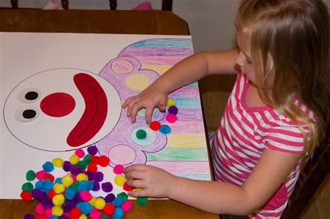 crafts for school projects 100th day of school project me ideas