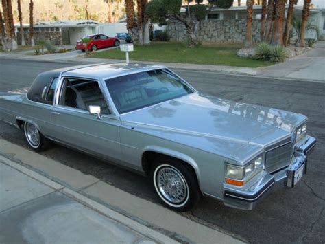 1985 Cadillac Coupe by 1985 Cadillac Fleetwood Brougham Coupe 2 Door 4 1l