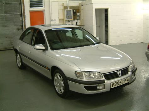 view of vauxhall omega 2 5 d photos view of vauxhall omega 2 5 photos features and