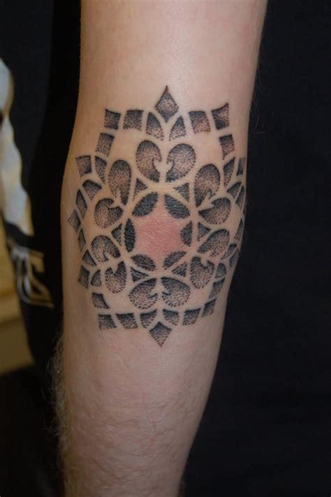 30 dise 241 os de tatuajes en el codo