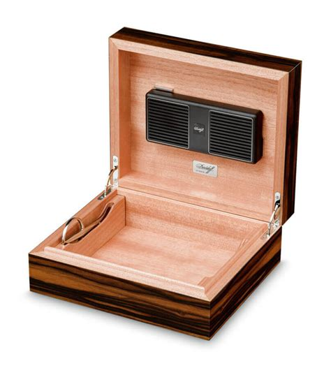 humidity for humidor how to buy a humidor for cigars gentleman s gazette