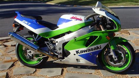 1992 Kawasaki Zx7 by Pin 1992 Kawasaki Zx7 Build Custom Fighters Streetfighter